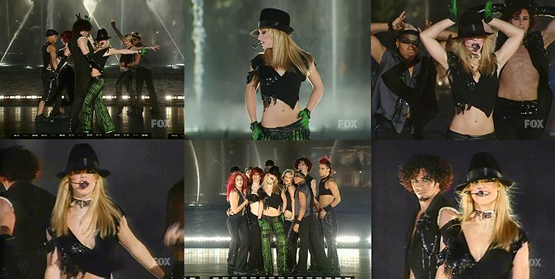 [STREAM + DOWNLOAD HD 1080P]I'm A Slave 4 U (Billboard Music Awards 2001 – Full Performance)