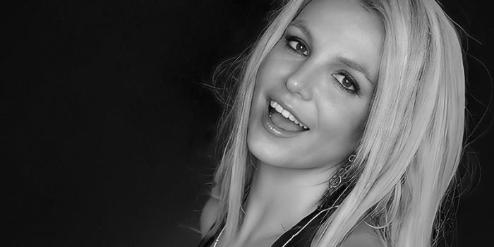 Lou Taylor renuncia al equipo de Britney + se abre petición para retirar a Jamie como conservador financiero
